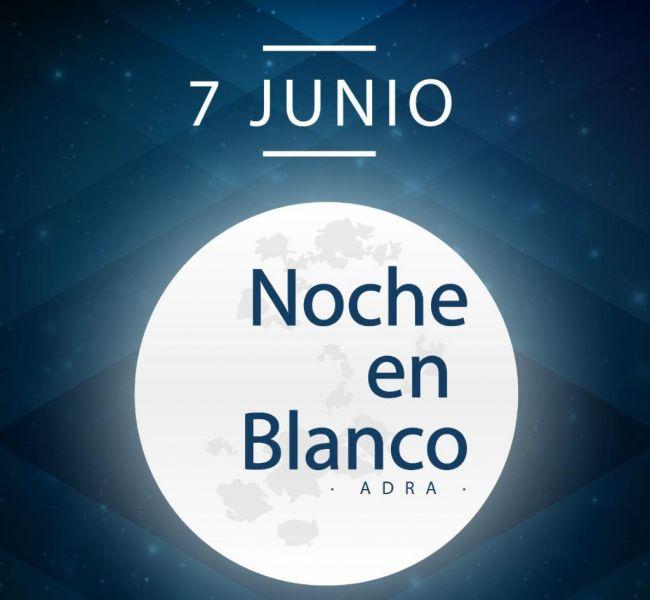Adra celebra una 'Noche en Blanco' con horario ampliado