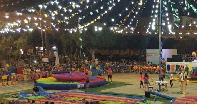 El Divershow En La Plaza De La Libertad, Gran Atractivo De Las Prefiestas En Puebla De Vìcar
