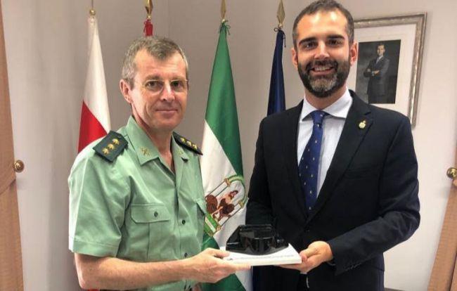 Guardia Civil reconoce el apoyo municpal a su 175 aniversario