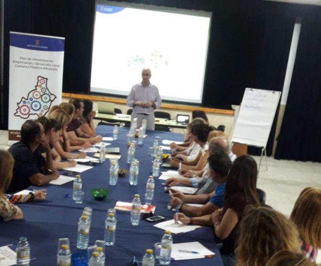 Diputación acerca herramientas de competitividad a empresarios de Filabres-Alhamilla