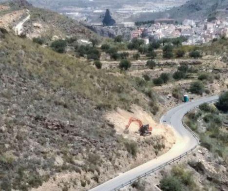 Diputación mejora la seguridad vial en la carretera que une Laroya con Macael