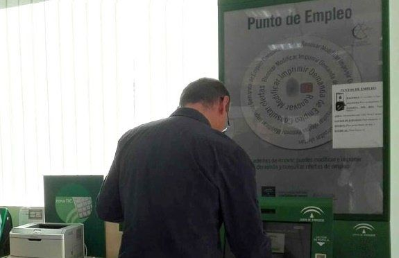 El paro en Almería sube el 2,4% en junio