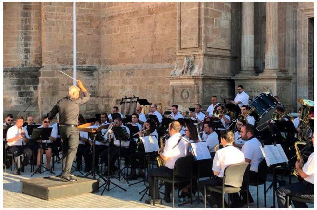 La Banda Sinfónica sigue esta semana con conciertos en la Plaza de la Catedral