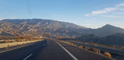 El Gobierno de Sánchez es incapaz de dar fechas para las carreteras pendientes en Almería