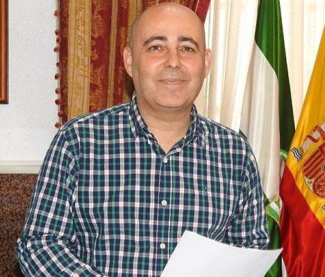 Domingo Fernández defiende su gestión en el Ayuntamiento de Huércal Overa