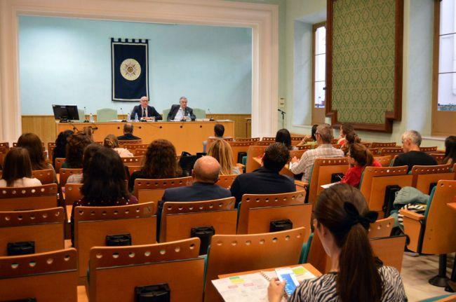 La UNED Almería analiza desde el lunes 'La función directiva en los Centros Educativos'