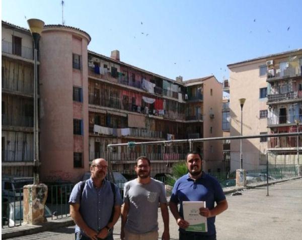 Adelante Andalucía lleva al Parlamento la situación del patio de Pescadería