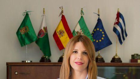 La exalcaldesa de Huércal gastó 8.500 euros en abogados contra su antecesor en seis meses