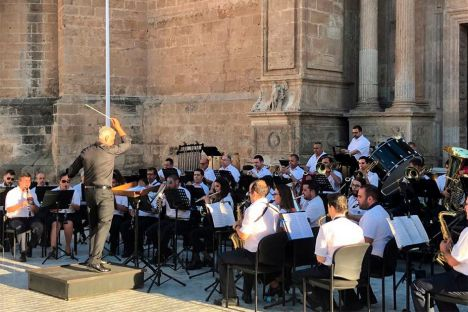 La Banda Sinfónica Municipal cierra julio en Cabo de Gata y en la Plaza de la Catedral