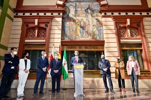 El alcalde pide al ministro Ábalos que concrete