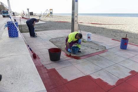 Alonso dice que los servicios de playas se ponen en marcha progresivamente