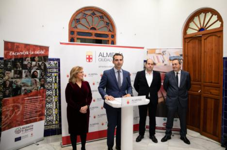 """Ayuntamiento, AJE y Cajamar unen fuerzas para dar servicio """"al emprendimiento y el talento"""""""