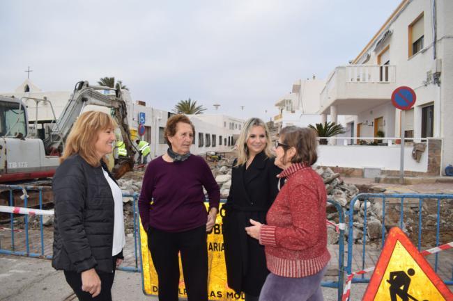 El Ayuntamiento de Níjar rehabilita la calle Terrera de Mágina de La Isleta del Moro