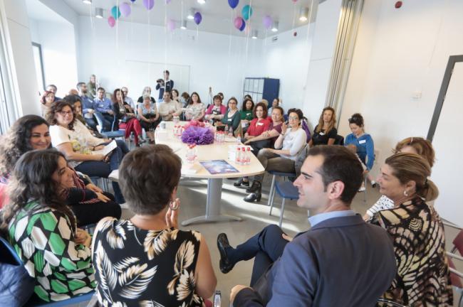 """El alcalde agradece la """"enorme red de generosidad"""" de los 130 socios del Banco del Tiempo"""