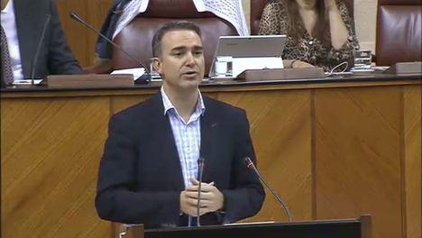 Amós García dice que la Ley de Juventud 'está vacia'