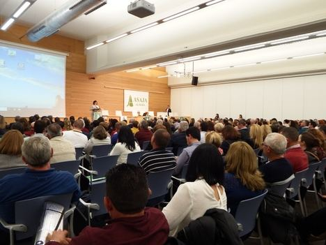 500 agricultores de ASAJA rinden homenaje póstumo a Francisco Vargas