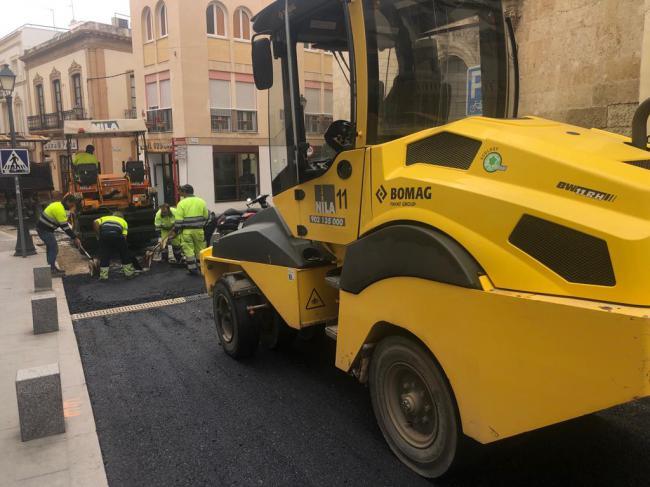 El viernes abre al tráfico la calle Jovellanos tras los trabajos de asfaltado