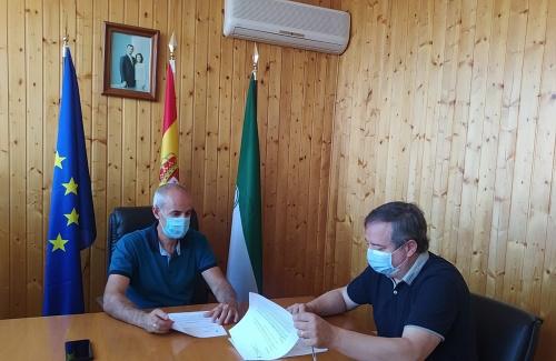 La Junta ayuda a los ayuntamientos de Albanchez y Lúcar a desinfectar frente al #COVID19