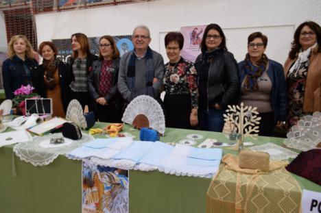 Vícar Prepara Su XIV Encuentro Provincial De Encajeras De Bolillo