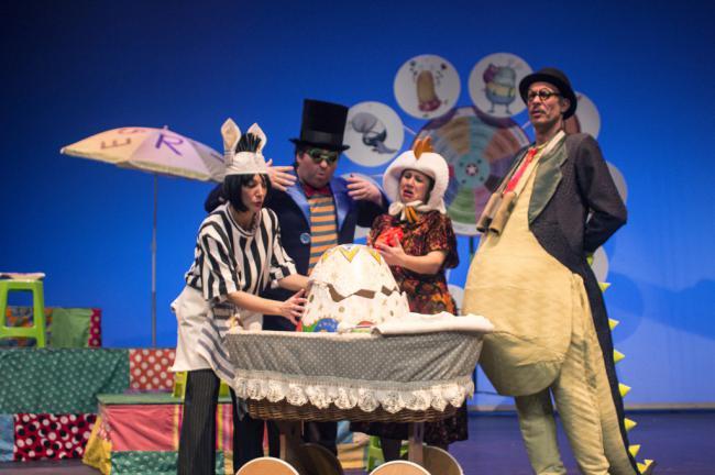 Acuario Teatro lleva 'El emocionómetro del Inspector Drilo' al Auditorio de Roquetas