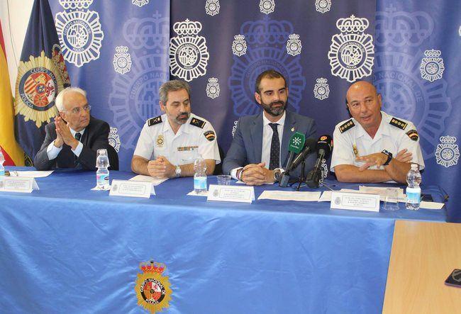 La Policía Nacional presenta los actos de su Día