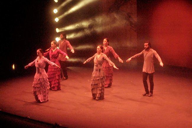 Sara Baras lleva la emoción al público con su espectáculo 'Sombras' en Roquetas de Mar