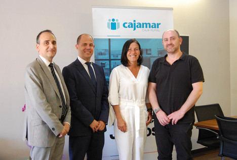 Cajamar y Almería Centro promueven la actividad comercial en el centro