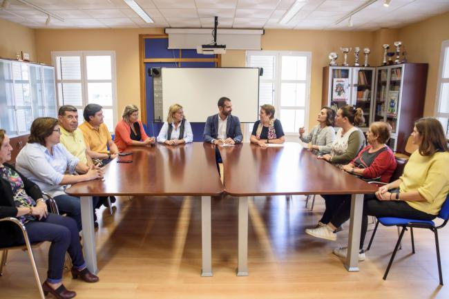 El alcalde felicita a Asalsido por el proyecto que prevé desarrollar en el solar cedido por el Ayuntamiento