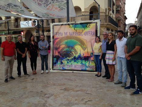 Huércal-Overa inicia los actos previos de Feria con la presentación del cartel anunciador