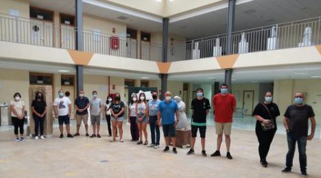 15 personas en un itinerario formativo de la Escuela del Mármol