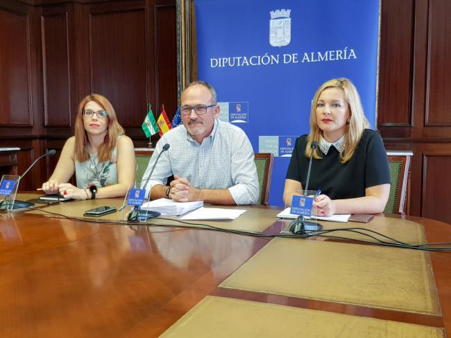 """El PSOE critica la """"falta planificación en la ejecución de los planes provinciales"""