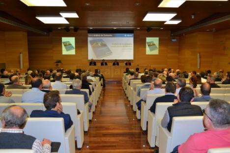 Cajamar destaca que el campo almeriense exporta más del 80 % de lo que produce