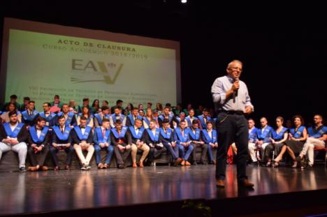 Acto De Graduación De Los Alumnos De La Escuela Agraria Vicar