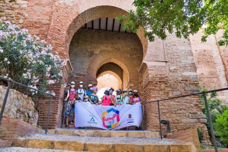 Diputación difunde 'La Alcazaba' con la actividad 'Arqueología en familia'