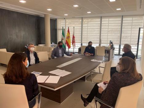 Los Promotores piden agilidad administrativa al Ayuntamiento de Almería