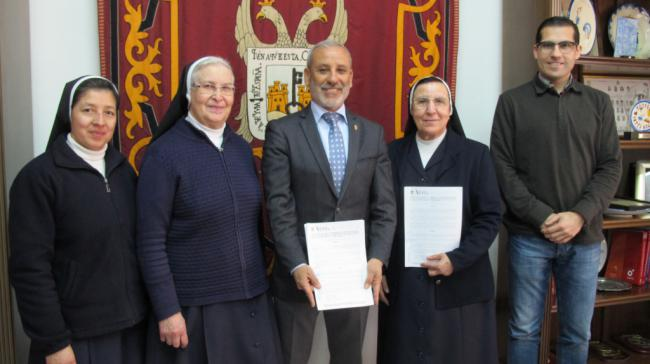 El Ayuntamiento de Vera ayudará a las Hermanas Franciscanas a rehabilitar sus dependencias