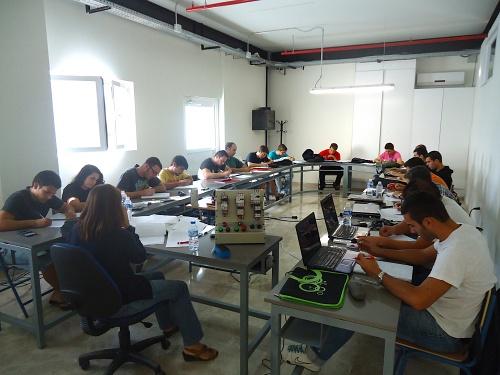 Nuevo proyecto de Cosentino para FP Dual con 22 alumnos