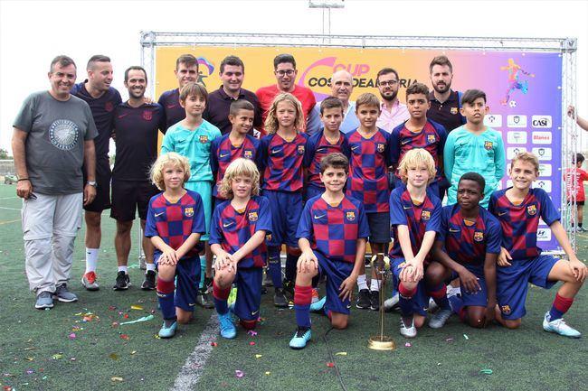 El Barça gana al Espanyol en la final de la 'I Cup Costa de Almería' de fútbol alevín