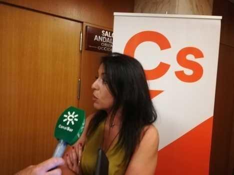 Bosquet dice que quieren parar las subidas de impuestos de Sánchez aunque sostienen a Díaz
