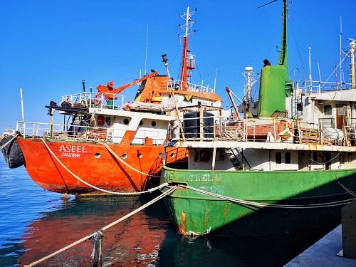 La Autoridad Portuaria subasta dos buques por 'Aseel' y 'San Trela' por 12.700 euros