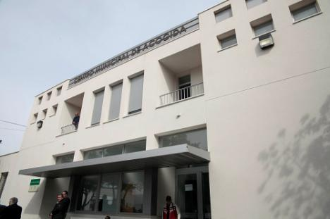 El Centro Municipal de Acogida está lleno para mantener el confinamiento por #COVID19