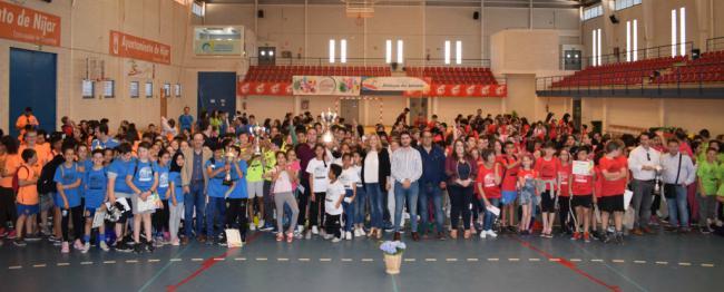 Medio millar de alumnos en la clausura de las Olimpiadas Escolares nijareñas
