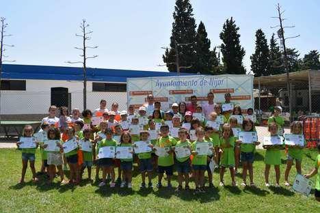 Doscientos niños participan en la clausura del primer turno de las escuelas de verano