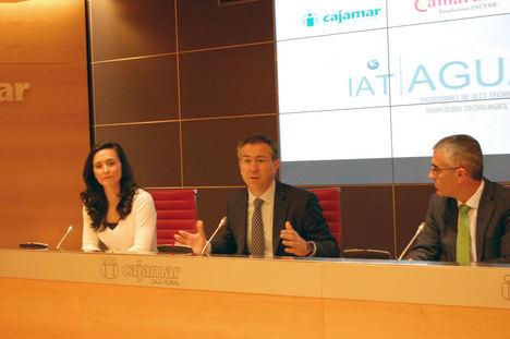 Cajamar creará en Almería un centro para emprendedores dedicado a la innovación tecnológica y sostenible del agua