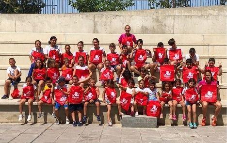 El V Campus Deportivo Bilingüe 'Ciudad De Vícar' Apuesta En Su Primera Semana Por La Diversión Y La Creatividad