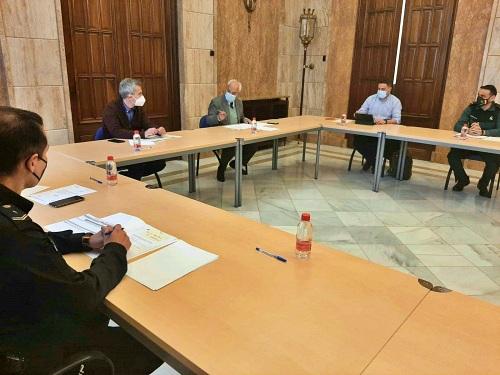 El subdelegado del Gobierno preside la comisión provincial del Plan Director