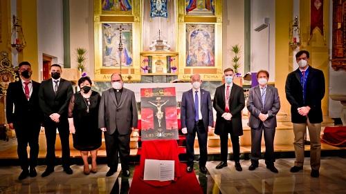 El costalero Daniel Salcedo invita a aferrarse a la esperanza en el pregón de la Semana Santa roquetera
