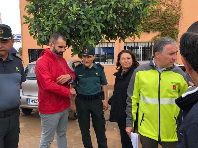 La consejera de Agricultura y el de Presidencia visitan Níjar y Almería por el temporal