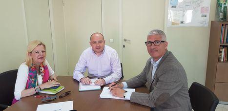 Junta de Andalucía y Ayuntamiento de Huércal analizan la oferta de trasporte público en el municipio
