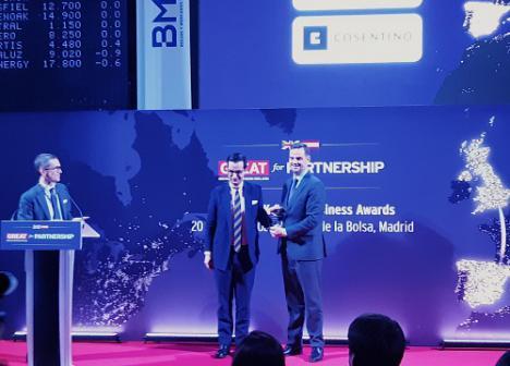 La Embajada Británica en España premia a Cosentino por su crecimiento en UK